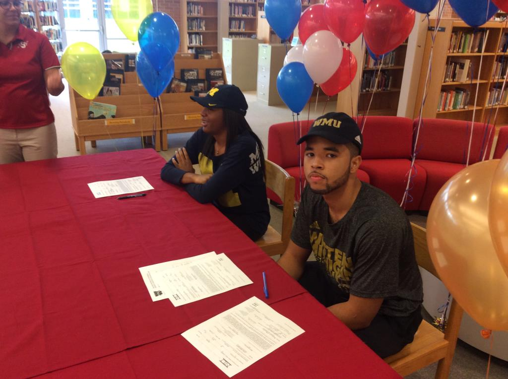 Flowers signs with Western Michigan University
