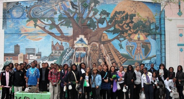UHSA WORLD LANG 20110505MexVillGroupMural